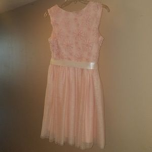 pink & Violet Dresses - Peach pink fancy dress with sash at waist Size 16